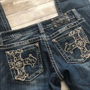 """Miss Me Jeans Size 28R Inseam 32"""""""
